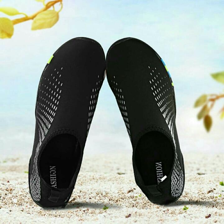 Sepatu Pantai 5