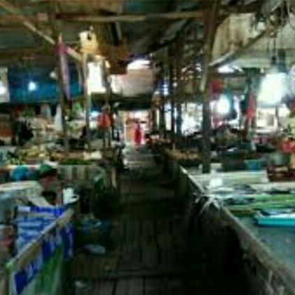 Tujuan ke Pasar Subuh Sampit