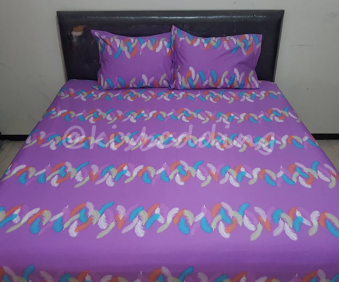 Sprei Motif Feather