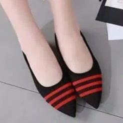 Flatshoes Adell 3 Strip Hitam Merah