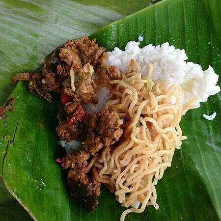 Nasi Bantingan Campur