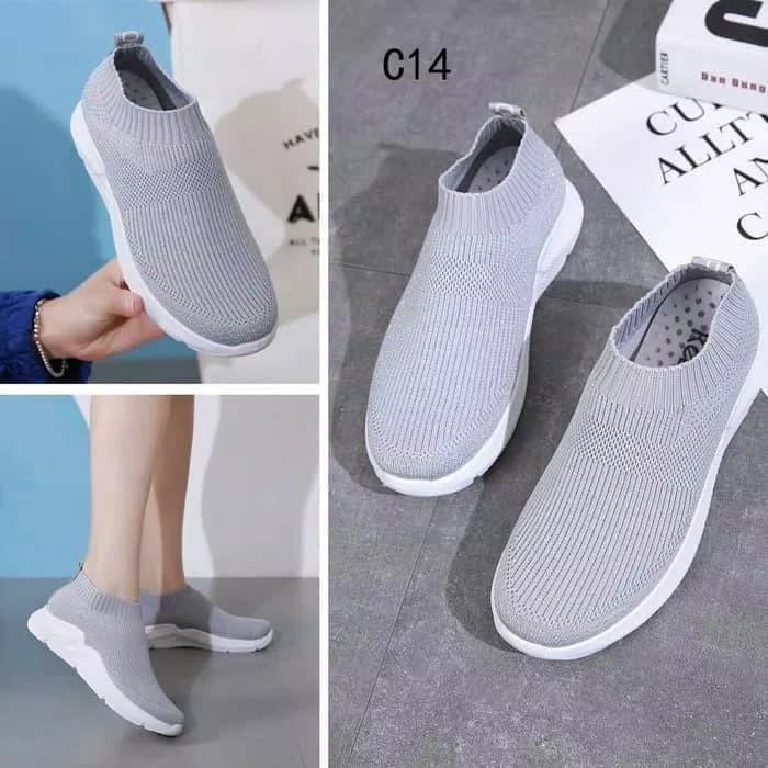 Sepatu Slip On Moya VM08 Abu