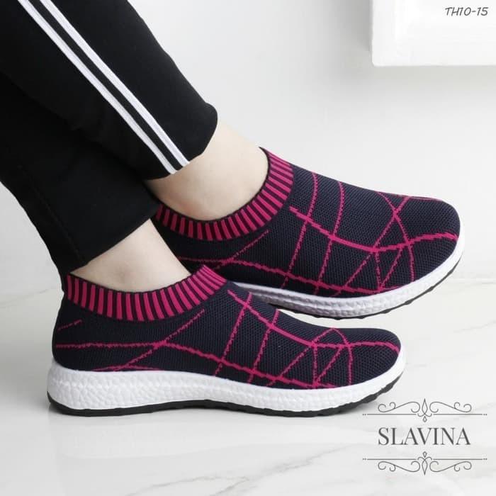 Sepatu Slip On Wanita Slavina - Merah